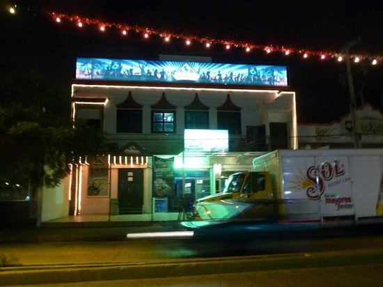 Hotel Ramada Cancun City:                   Club that will keep you up all night