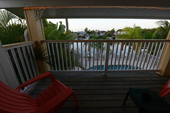 Manatee Bay Inn: Patio and View