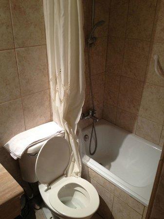 Hotel Carpa Manzano: Bagno
