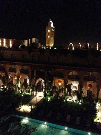Les Jardins de Bala: le soir, vu imprenable sur la Koutoubia depuis les terrasses du Jardin de Bala!