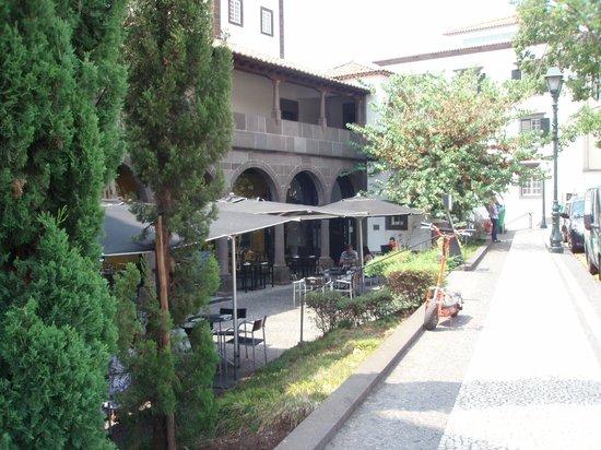 Café Do Museu : Agradable terraza