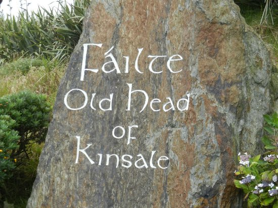 Old Head of Kinsale: entrance from parking lot