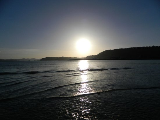 Allegro Papagayo:                   Sunset