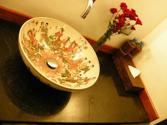The Belle Rive Boutique Hotel: Bathroom, Mango room