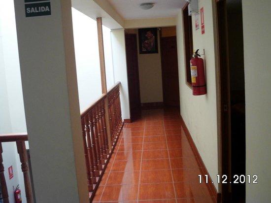 Villa San Blas: Flur zu den Zimmern