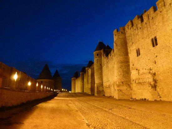 CHÂTEAU ET REMPARTS DE LA CITÉ DE CARCASSONNE : Carcassonne