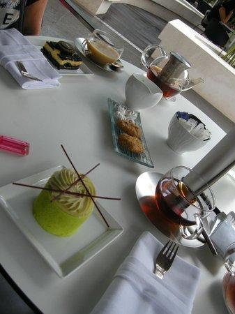 โรงแรมโซฟิเทล กรุงเทพ สุขุมวิท: Afternoon tea at Macaroons