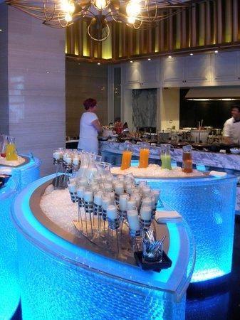 โรงแรมโซฟิเทล กรุงเทพ สุขุมวิท: Fantastic breakfast buffet