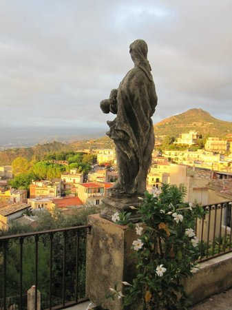 Casa Cuseni B&B:                   Terrace view from bedrooms