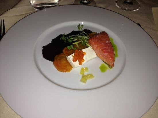 Hob Nob Restaurant :                   salmon