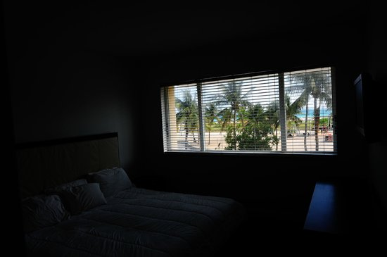 Casa Grande Suite Hotel of South Beach: Wide angle window view standing at bedroom door
