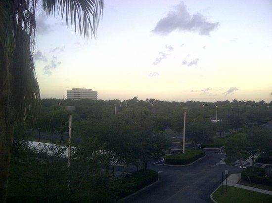 La Quinta Inn & Suites Ft. Lauderdale Plantation: Vista desde la habitacion