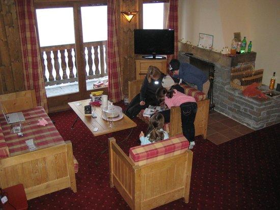 Chalet Altitude :                   Lounge area