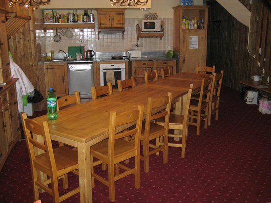Chalet Altitude :                   Dining area