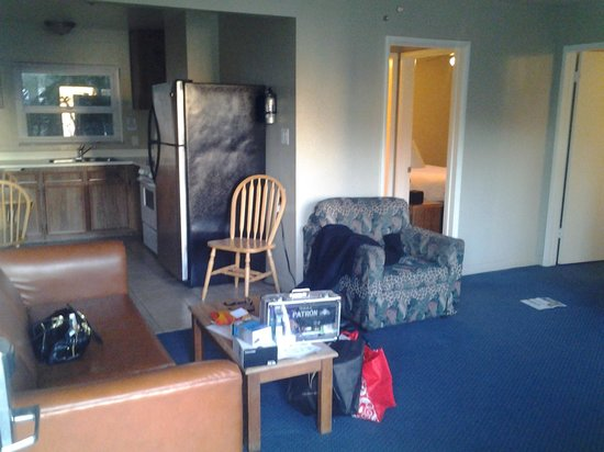 Ocean Palms Beach Resort:                   They call this a luxury 2br suite @$235/night. Time warp to early 80s.