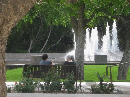 Scottsdale Civic Center:                   Ladies relaxing @ the Civic Center