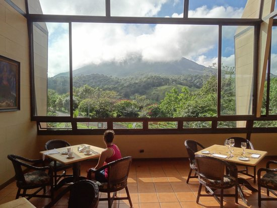 Arenal Kioro:                   View at breakfast from Restaurant