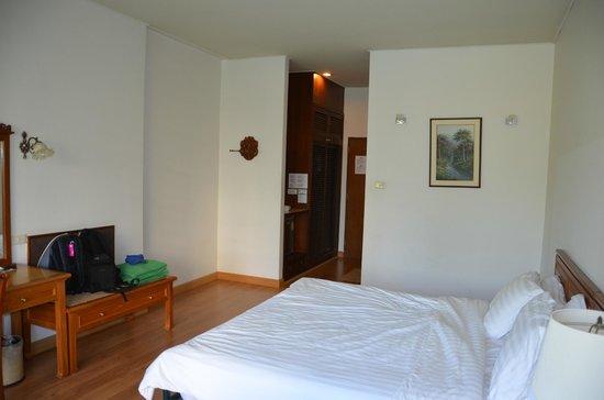 Sailom Hotel:                   kamer