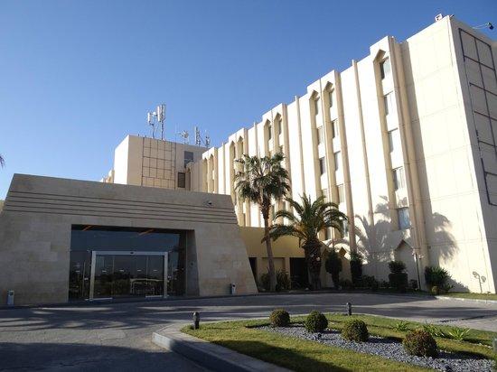 Amman Airport Hotel: Entrée principale extérieure
