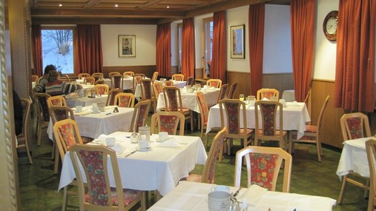 Hotel Alpino Plan:                   Dining Room