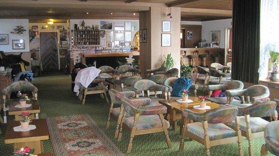 Hotel Alpino Plan:                   Lounge Area