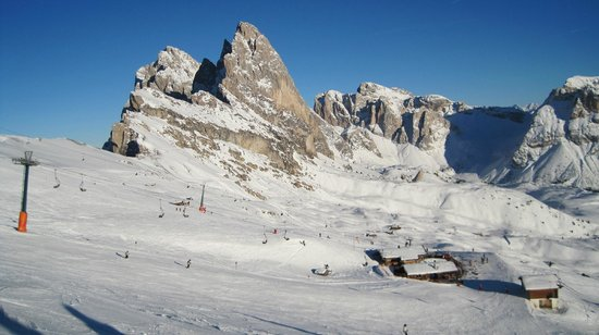 Hotel Alpino Plan:                   Fantastic scenery