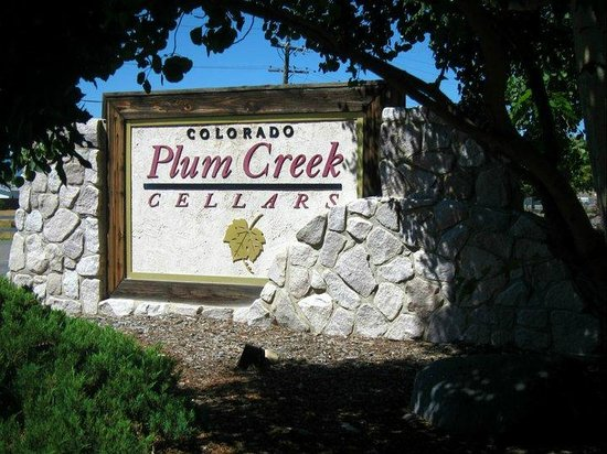 Plum Creek Winery: Entrance to the Winery