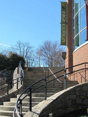 Halls Chophouse: Outside view