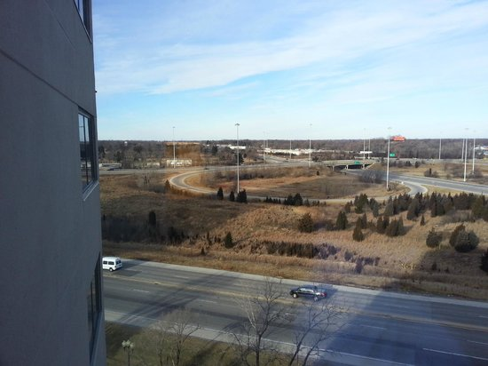 Hilton Chicago Oak Brook Suites:                   The view out the window, looking left