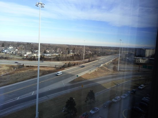 Hilton Chicago Oak Brook Suites:                   The view out the window, looking right