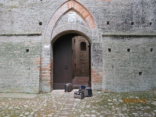 Castello delle quattro torra:                   The front door.....really!