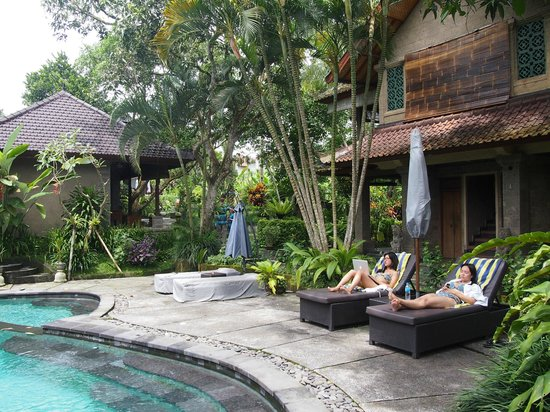 De Munut Balinese Resort: De Munut pool