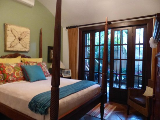 Villa Andalucia Bed and Breakfast: Our beautiful room with private balcony