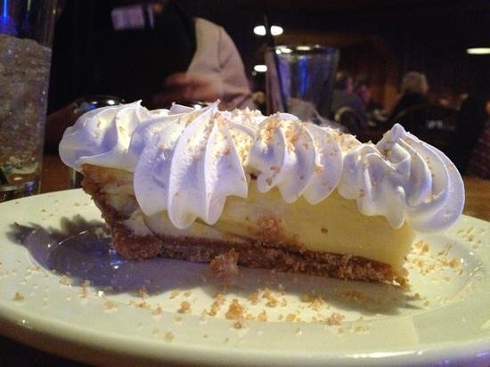 Jonah's Seafood House: key lime pie