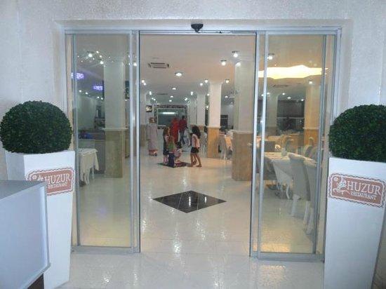 Restaurant El-Bahdja: HOSGELDİNİZ