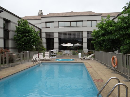 Holiday Inn Express Temuco: Piscina