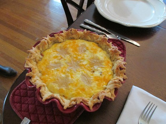 The Twelve Oaks Bed & Breakfast:                   Breakfast Quiche - FANTASTIC!!!