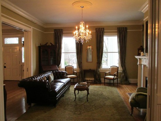 The Twelve Oaks Bed & Breakfast:                   Front Room / Sitting Room where Wine & Cheese Happy Hour mingling occurs