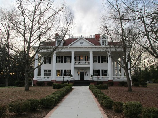 The Twelve Oaks Bed & Breakfast:                   Twelve Oaks