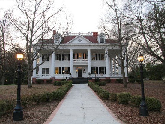 The Twelve Oaks Bed & Breakfast:                   Twelve Oaks with lamps lit
