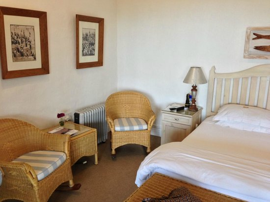 Essenwood House: Friendly, welcoming room