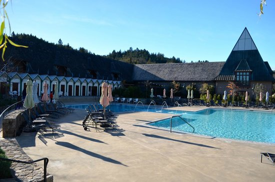 Francis Ford Coppola Winery: Pool area