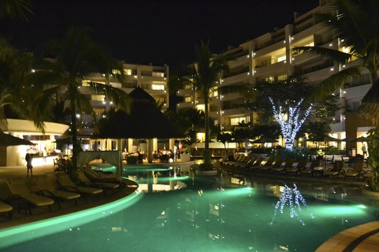 Marival Residences Luxury Resort Nuevo Vallarta:                   Hotel grounds