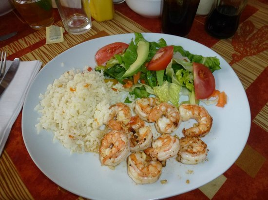 Restaurante Juanitos:                   Shrimp, Rice and Salad for a light dinner