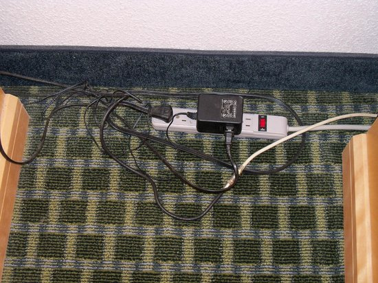 Maingate Lakeside Resort:                   unattractive power strip w/ cords in view