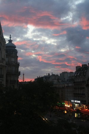 Raspail Montparnasse Hotel: View from my window
