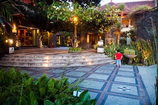 Alam KulKul Boutique Resort: front