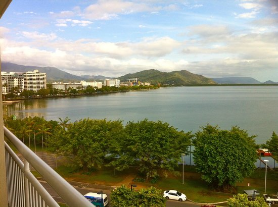 Shangri-La Hotel, The Marina, Cairns: view to the north showing the esplanade etc level 4