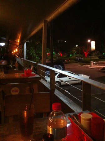 Shangri-La Hotel, The Marina, Cairns: one of the many fine restaurants downstairs facing the esplanade park lagoon