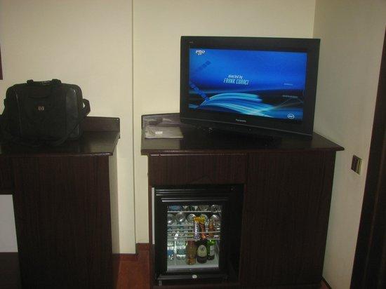 Hotel Anna: The room's tv
